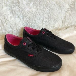 New LEVI'S STRAUSS & CO Denim Sneakers Size 9.5